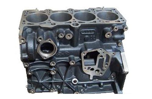 四缸发动机缸体